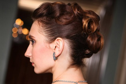 halo-brides-hair-makeup
