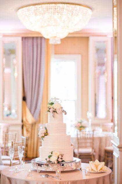 Meredith Golden And Nicholas Cordova S Beautiful Dfw Wedding
