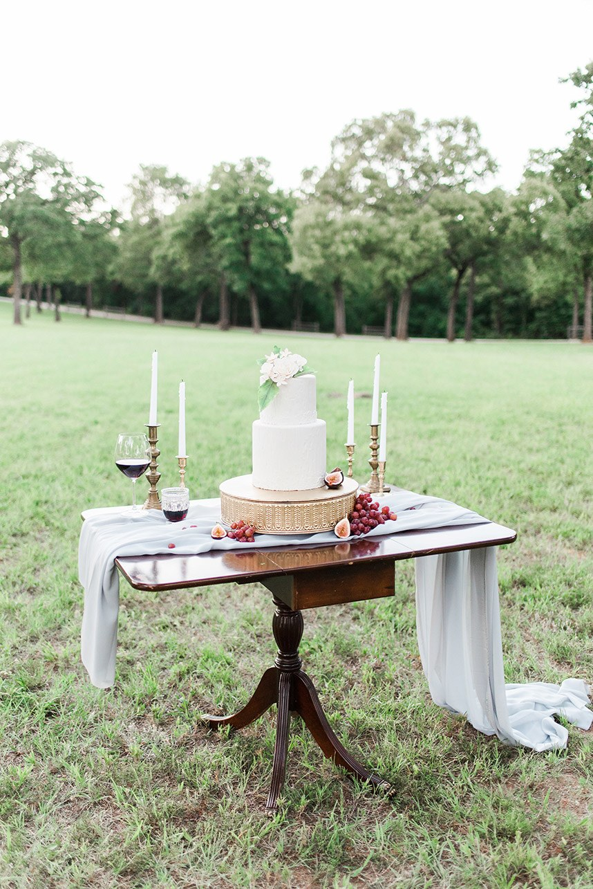 Gray Door Photography Styled Shoot - Heirloom Bridal Portraits 004