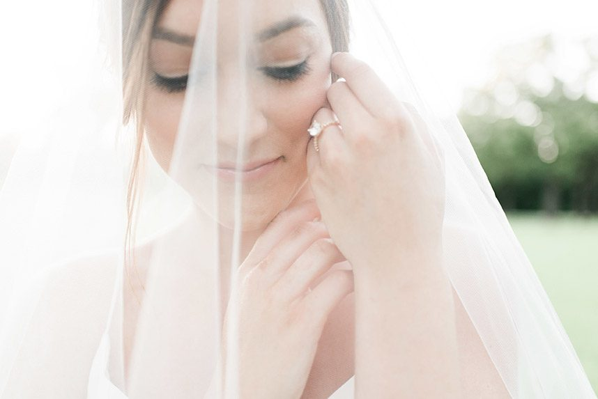 Gray Door Photography Styled Shoot - Heirloom Bridal Portraits 009