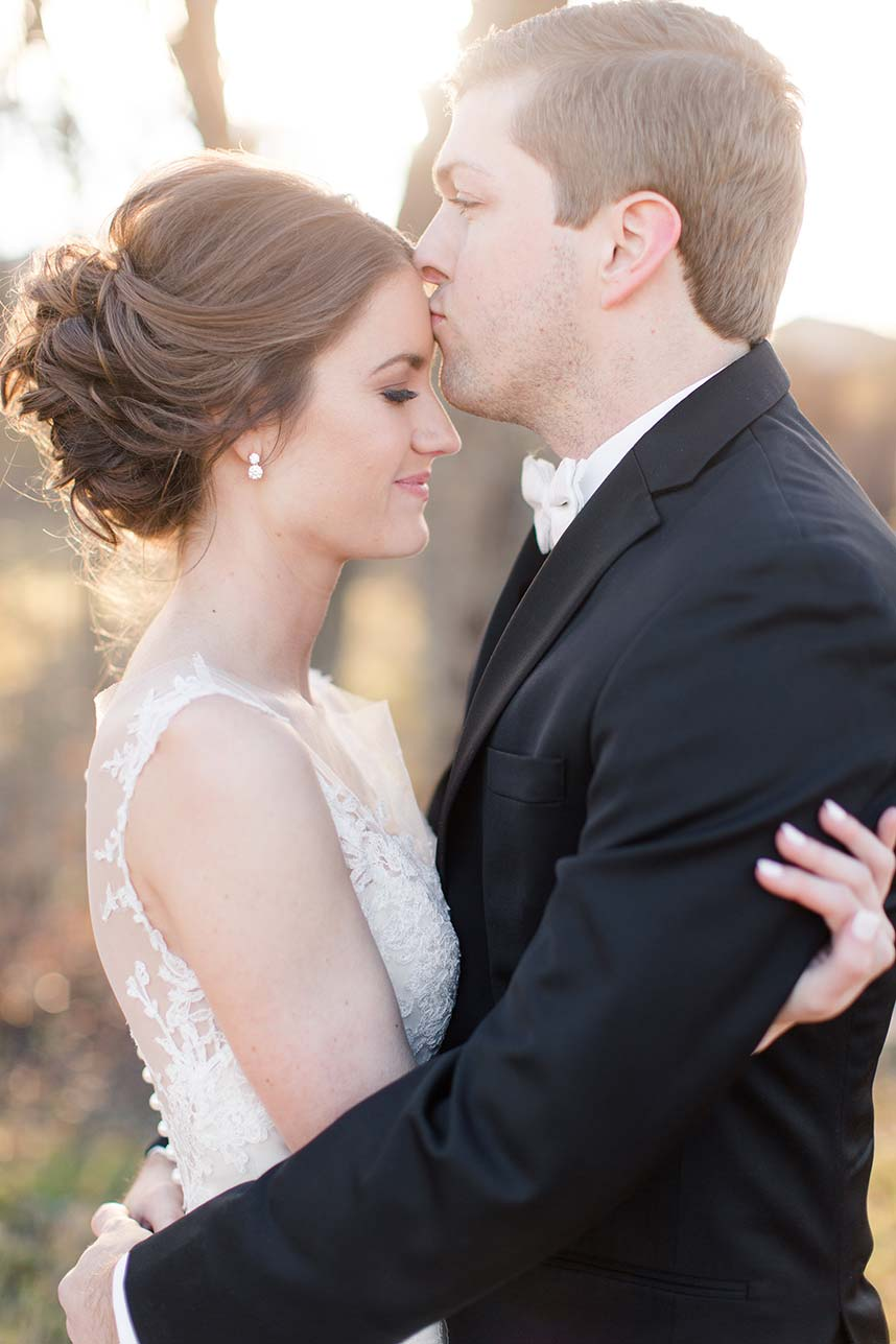 Shelby Russell Weds Andrew Douglas Rustic Winter Wedding Captured by Meggie Taylor Photography