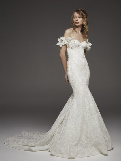 pronovias 2019 wedding gown line available at DFW-area bridal boutiques