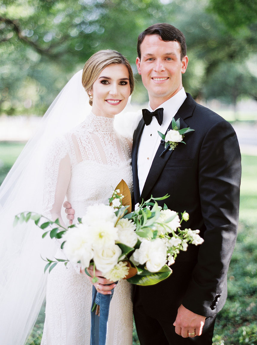 Alex Burdick Weds Alexander Imperatore Classic Fort Worth Wedding by Keestone Events