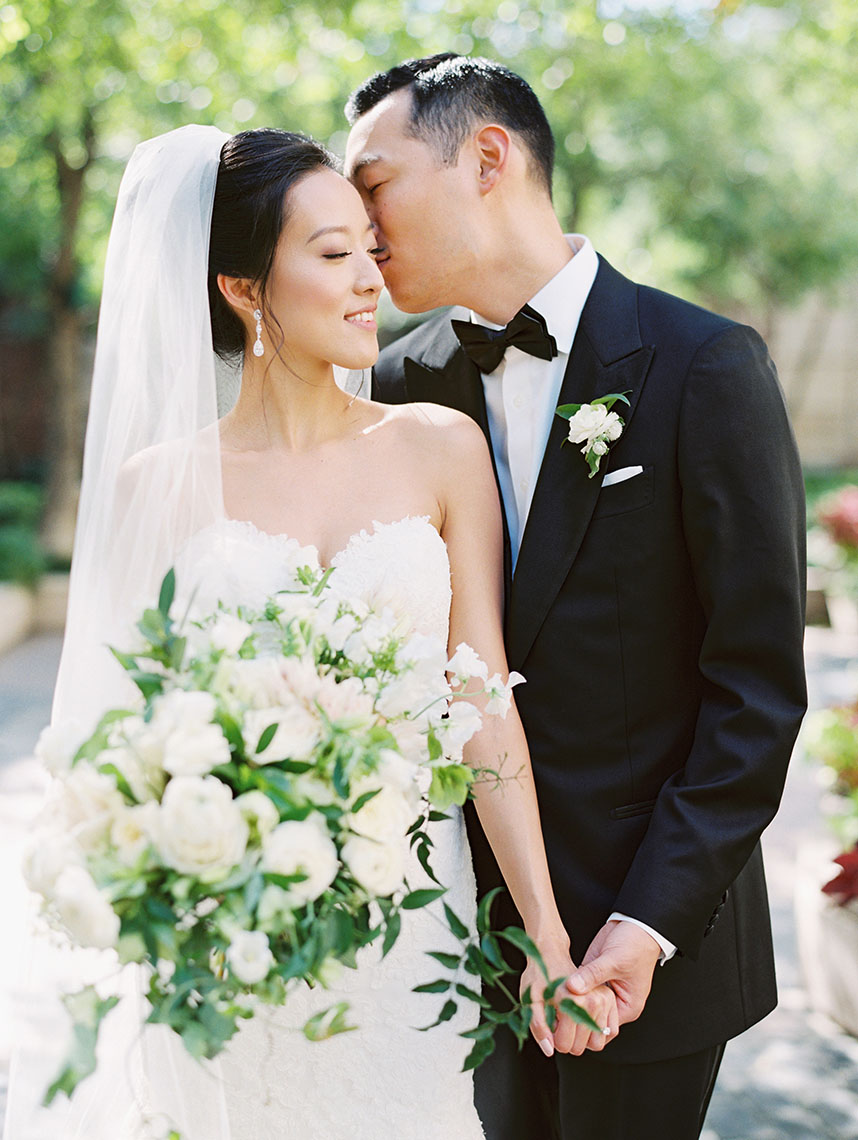 Jasmine Kim Weds Mitchell Tai Black Tie Courtyard Wedding at Hotel Crescent Court