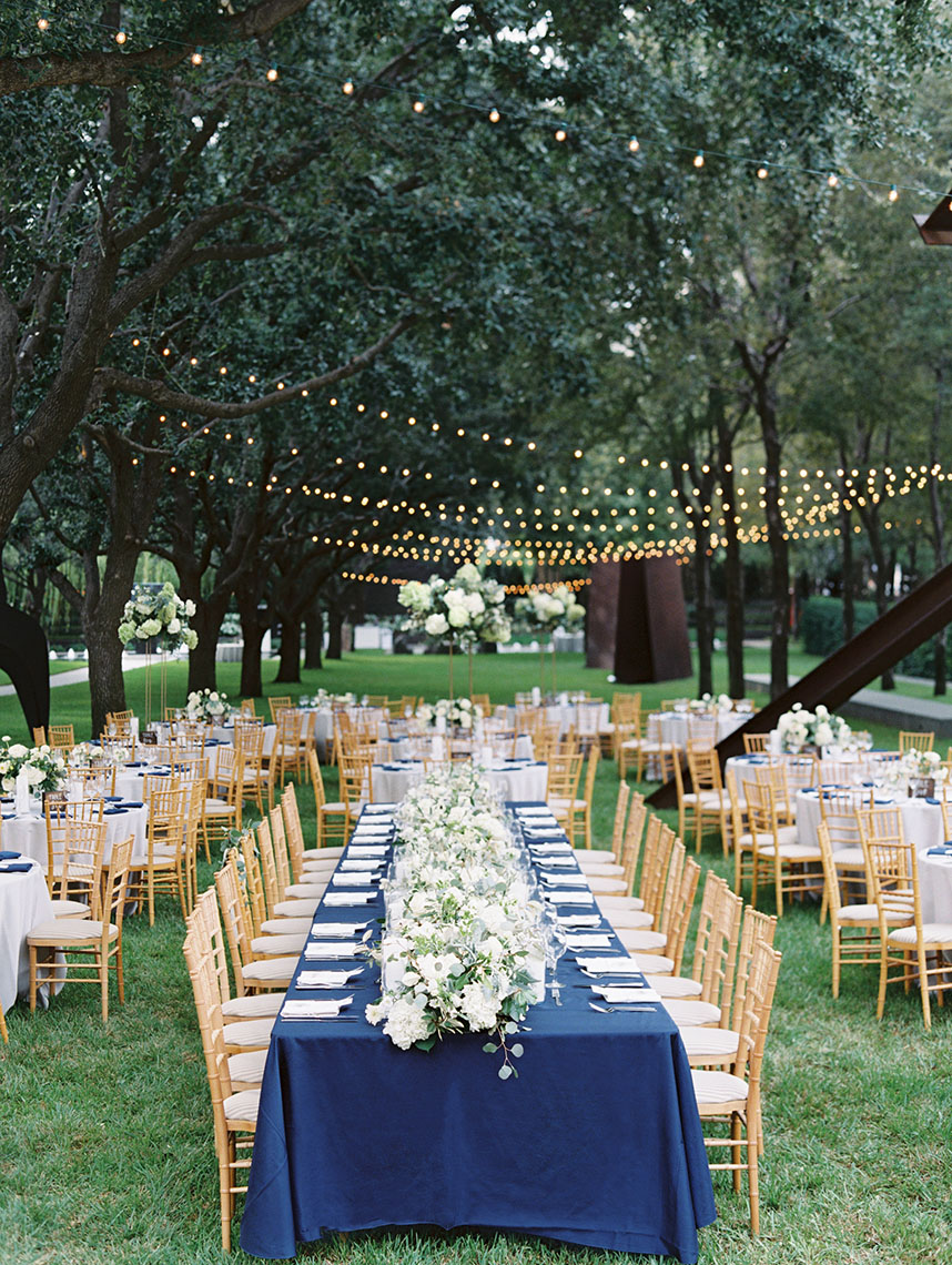Al Fresco Navy And White Wedding At Nasher Sculpture Center