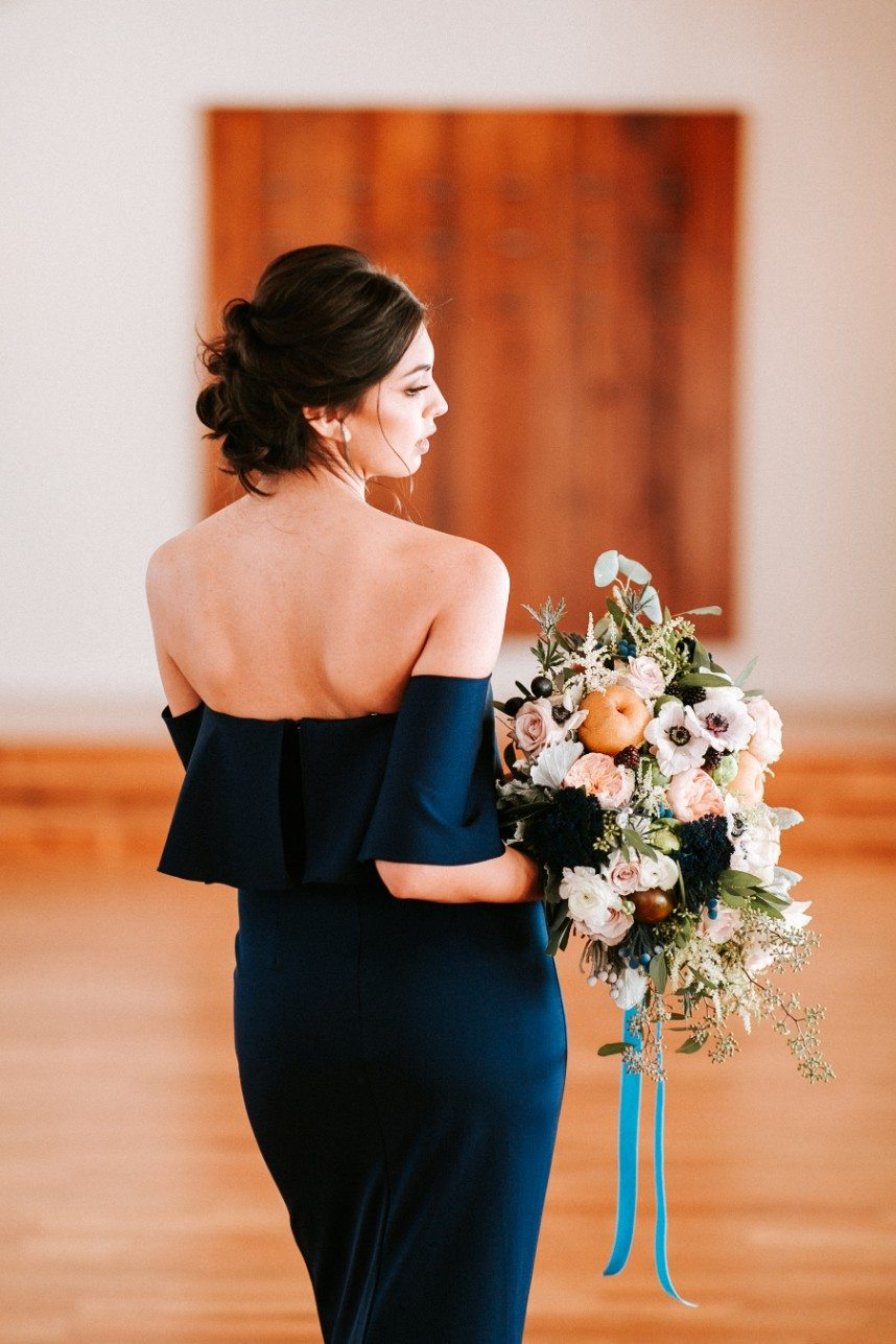 wedding details with fall tone