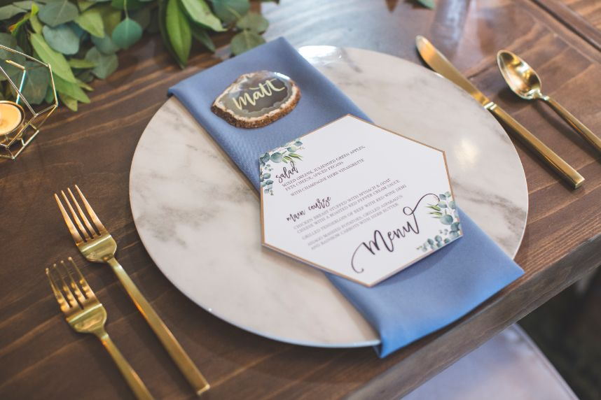 blue wedding table setting