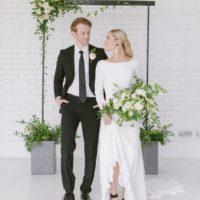 Classic Minimalism Wedding Inspiration North Texas Wedding Photographer Carolina Goodwin North Texas Wedding Planner Glitter And Glue Weddings And Events
