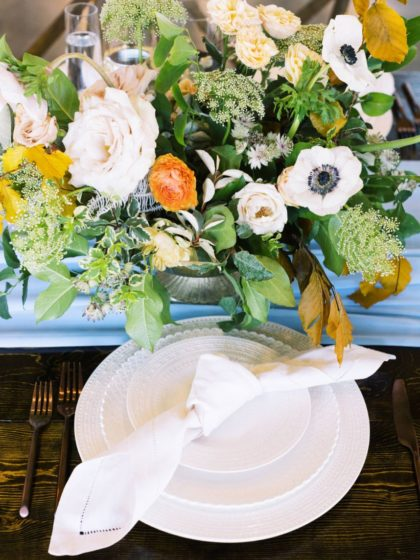 autumn blues floral + bridal inspo from davis & grey farms
