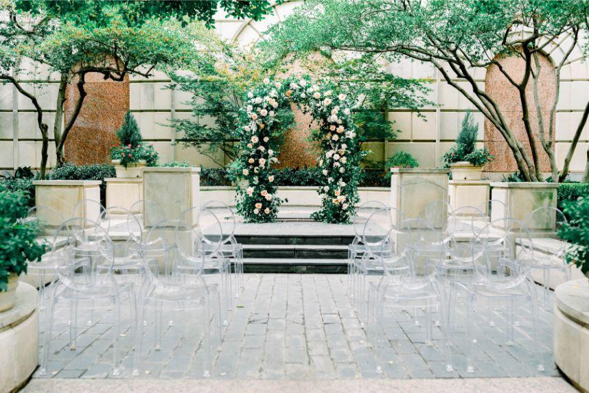blushington blooms floral altar
