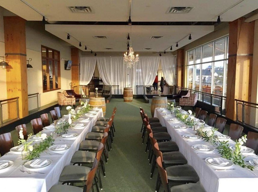 Pinstripes Fort Worth waterfront wedding venue