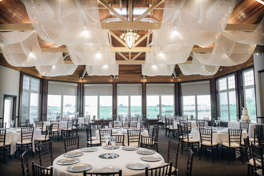 Tribute Golf Links waterfront wedding venue