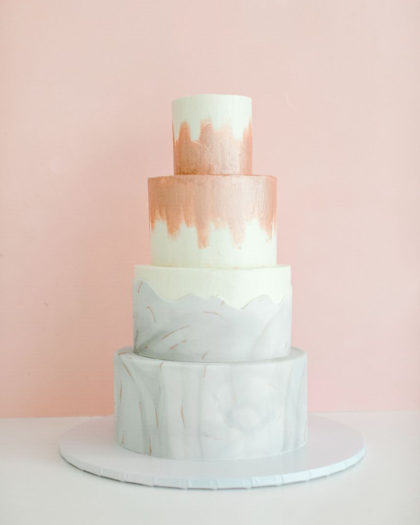 lili's bespoke sweets wedding cake